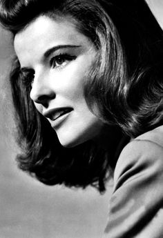 Katharine Hepburn love her Golden Age Of Hollywood, Vintage Hollywood, Hollywood Stars, Classic Hollywood, Hollywood Glamour, Katharine Hepburn, Hollywood Actresses, Actors & Actresses, Divas