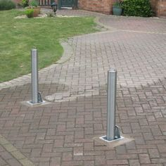 Stainless Steel Telescopic Bollards provide a level of security that provide access when needed. The Stainless Steel finish stops it from looking out of place in a modern project. A low cost and high quality finished Bollard. Resin Driveway, Home Protection, Ral Colours, Furniture Direct, Entrance Gates, Street Furniture, Access Control, How To Level Ground, Telescope