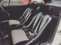 Interior of the 911SC backdate that's just arrived into stock #houndstooth #schrothracing #911backdate #forsale