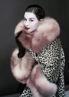 Модель Нэнси Берг, VOGUE US, 1954