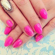 neon pink nails! // stiletto nails