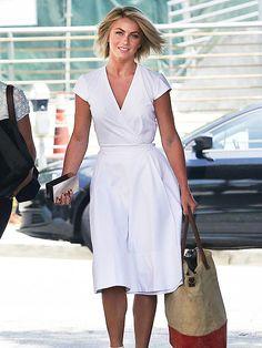 Wow, she looks fabulous!!... love the classic white wrap dress!
