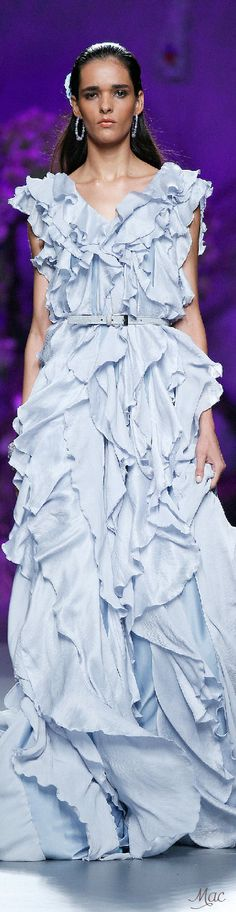 Spring 2015 Ready-to-Wear Francis Montesinos jαɢlαdy Blue Fashion, Fashion Photo, Runway Fashion, Modest Outfits, Cool Outfits, Baby Couture, Classy And Fabulous, Playing Dress Up, Beautiful Outfits