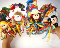 Tiaras Juninas MariadasArtesAcessórios Ribbon Hair, Hair Bows, Country Dresses, Bow Wow, How To Make Wreaths, Baby Headbands, Diy And Crafts, Princess Zelda, Costumes