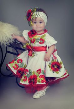 Маленька україночка.