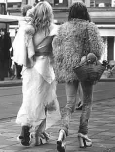 45 Espectaculares Imágenes Del Street Style En Los '70 – Cut & Paste – Blog de Moda