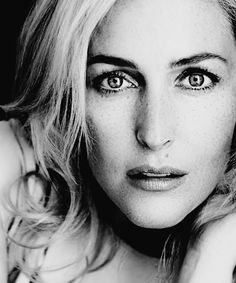Gillian Anderson by Max Abadian Dana Scully, Gillian Anderson, Tilda Swinton, Bryan Cranston, English Actresses, Actors & Actresses, Michael Fassbender, X Files, Film