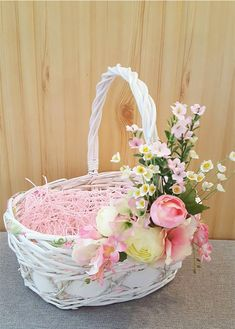 Wedding Gift Baskets, Wedding Gift Wrapping, Baby's First Easter Basket, Easter Baskets, Sunflower Burlap Wreaths, Bridal Shower Flowers, Easter Flowers, Flower Girl Basket, Basket Decoration