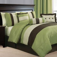 Really love the green/brown thing for my bedroom.  Toying with getting this set.