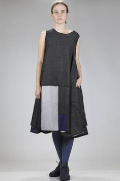 Aodress - Japan | calf-length dress in wool gauze with sewed squares of different shades of color and dimensions | calf-length dress in wool gauze with sewed squares of different shades of color and dimensions, lined in light cotton cloth, wide crew-neck, without sleeves, vertical side pockets, wearable on both sides, wide and slightly asymmetric line and bottom with longer side points | article code: 25352 | season: Autumn/Winter | composition: 100% wool / 100% cotton