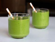 Smoothie de yogur y té verde para el verano - http://www.mujercosmopolita.com/smoothie-de-yogur-y-te-verde-para-el-verano.html