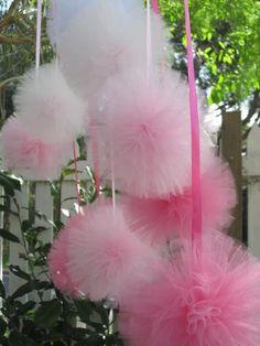 pompones de tul para decorar