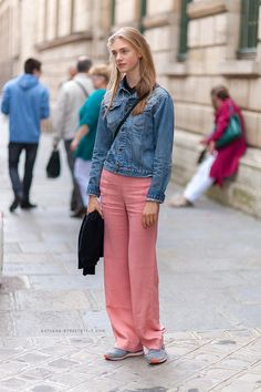 pink pants & denim. #HedvigPalm #offduty in Paris.