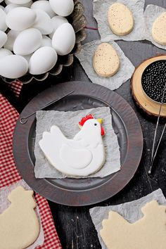 How to Make Cute Chicken Cookies | The Bearfoot Baker