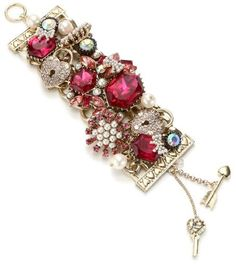 "Betsey Johnson ""Iconic Fabulous Fuchsia"" Crystal Gem Wide Toggle Bracelet Betsey Johnson, http://www.amazon.com/dp/B007GC4AFQ/ref=cm_sw_r_pi_dp_Fxt1qb1XCQ8MF"