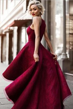 Ombreprom dresses collection includes plenty of the best prom dresses, such as mermaid prom dresses, A-line prom dresses, elegant prom dresses and more. We prov