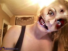 Ultimate Halloween Make-Up Resource! Girl Zombie Costume, Zombie Cosplay, Girl Halloween Makeup, Zombie Halloween Costumes, Halloween And More, Halloween Masquerade, Zombie Makeup, Halloween Masks, Girl Costumes