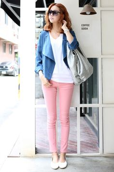 Love the color coordination about this outfit. So spring and chic!