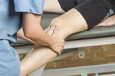 Use Stretches For Knees, Yoga For Knees, Stretching Exercises For Seniors, Knee Strengthening Exercises, Knee Arthritis Exercises, Arthritis Remedies, Rheumatoid Arthritis, Knee Osteoarthritis, Lower Belly Workout