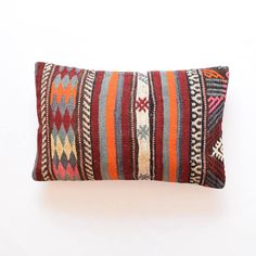 kilim pillow cover cover marokkanische kissen bohemian pillows turkish kilim wool bohemian pillow coussin 40 x 65 lumbar kilim Pillow Moroccan Cushions, Kilim Cushions, Bohemian Pillows, Kilim Rugs, Lumbar Throw Pillow, Throw Pillow Covers, Throw Pillows, Colourful Living Room, Hand Spinning