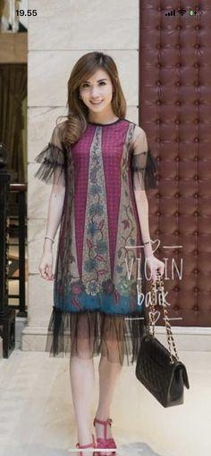 Sewing Clothes Women Tunics Fabrics 46 Ideas For 2019 Blouse Batik, Batik Dress, Batik Kebaya, Dress Brokat, Sewing Clothes Women, Fashion Illustration Dresses, Batik Fashion, Edwardian Dress, Dress Hairstyles