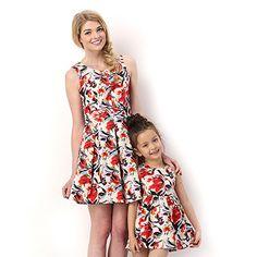 Vestidos para madre e hija con diseño floral