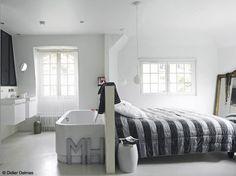 Une jolie #chambre #ouverte sur une #salle de #bain, une idée #moderne !