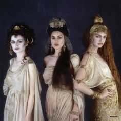Monica Bellucci, Michaela Bercu, and Florina Kendrick in Bram Stoker's Dracula by Ford Coppola, 1992