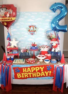 Throw an exceptional get-together for your children's birthday party with these 7 fascinating paw patrol party ideas. The thoughts must be convenient to those who become the true fans of Paw Patrol show. 4th Birthday Parties, Birthday Fun, 2nd Birthday Party Ideas, Third Birthday, Paw Patrol Birthday Theme, Paw Patrol Birthday Decorations, Cumple Paw Patrol, Puppy Party, Party Games