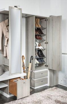 Vorzimmer | P.MAX Maßmöbel - Tischlerqualität aus Österreich Shoe Cabinet, Shoe Rack, Interior Design, Home, Custom In, Colour Combinations, Nest Design, Home Interior Design, Shoe Closet