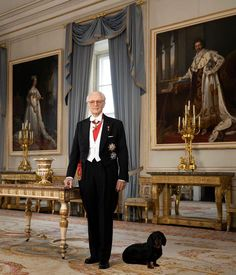 Erwin Olaf, Bavaria, New Pictures, Portrait, Windsor, Royals, Germany, Instagram, Life