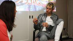 Mando Diao im Interview: Gustaf Norén und Björn Dixgård rocken auf Socken