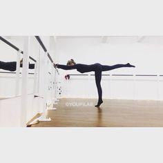 GET YOUR BUTT IN SHAPE #barreworkoutdüsseldorf #youpilastudiodüsseldorf Barre Workout Düsseldorf Cornelia Dingendorf #barreworkout #corneliadingendorf #youpilastudiodüsseldorf Pilates MamaWorkout  Barre Workout Düsseldorf Pilates Cornelia Dingendorf Ballett Fitness Studio Barre Training Ballet Workout #youpila #youpilastudiodüsseldorf #corneliadingendorf #pilatesstudiodüsseldorf #pilatesdüsseldorf #balletfitnessdüsseldorf #balletfitness #düsseldorf #pilatesmatwork