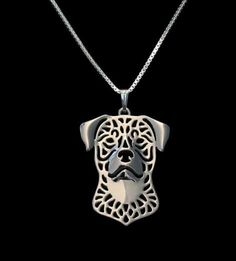 Handmade pendant necklace, with 17 inch twisted chain. Show your Rottweiler some love! Buy this necklace now for yourself or to give as a gift.