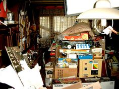 Hoarding is a vicious cycle of anxiety, indecision and, finally, comfort that sends hoarders' brains into overdrive, a study finds. Compulsive Hoarding, Rubbish Clearance, Living Area, Living Spaces, Work Spaces, Living Room, Mental Health Facilities, College Apartments, Stairs