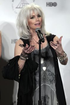 Emmylou Harris (love her hair) Rock and Roll Hall of Fame 2014 Induction Ceremony (Photos)