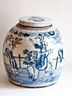 MID 19TH C BLUE AND WHITE GINGER JAR