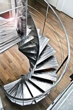 Iron helical stairs ETIKA by OFFICINE SANDRINI