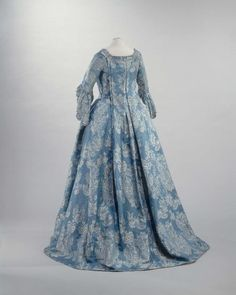 Robe a la francaise ca. 1740-55  From the Musee Galliera