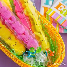 Send them hopping away with a sweet favor!