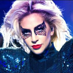 #LadyGaga is here !!! Go grab your tickets now: http://www.ticketshelves.com/performers/lady-gaga  #ticketsonsale 5% off on 50, use  #couponcode: 5off50
