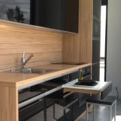cocina pequeña y práctica. tecnología alemana y diseño kitchenchic.es