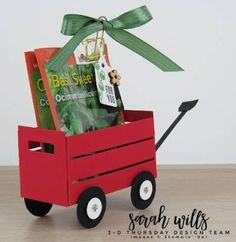 Thursday is here with a Little Red Wagon Seed Packet Holder! Custom Woodworking, Woodworking Projects Plans, Silhouette Cameo, Stampin Up, Little Red Wagon, Project Free, Paper Crafts, Diy Crafts, Treat Holder