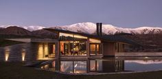Queenstown house by Ponting Fitzgerald Architects