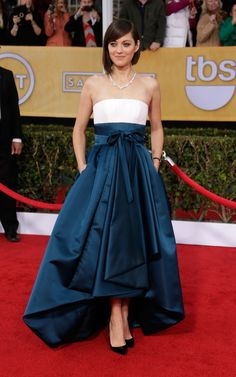 Marion Cotillard arrives at the 19th Annual Screen Actors Guild Awards at the Shrine Auditorium in Los Angeles on Jan. 27, 2013.
