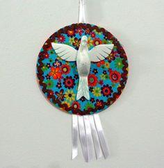 Divino em resina. http://www.elo7.com.br/divinos-pequenos/dp/4DF0B0