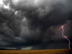 Present: Lighting Storm in Kentucky  (Whitman J., 2009)