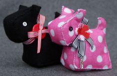 New Make Me Kit - Bert & Betsy.  http://www.coolcrafting.co.uk/shop/make-me-crafting-kits/make-me-bert-betsy-kit