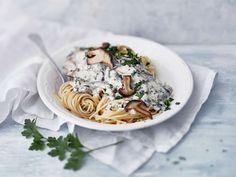 Yrtti-sienipasta Family Meals, Spaghetti, Pasta, Ethnic Recipes, Food, Essen, Meals, Yemek, Noodle