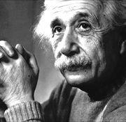 """""""Nunca consideres el estudio como una obligación, sino como una oportunidad para penetrar en el bello y maravilloso mundo del saber"""" Albert Einstein"""